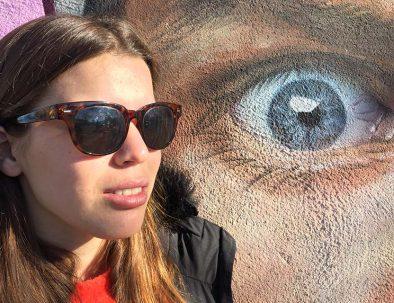 Cristina loves street art