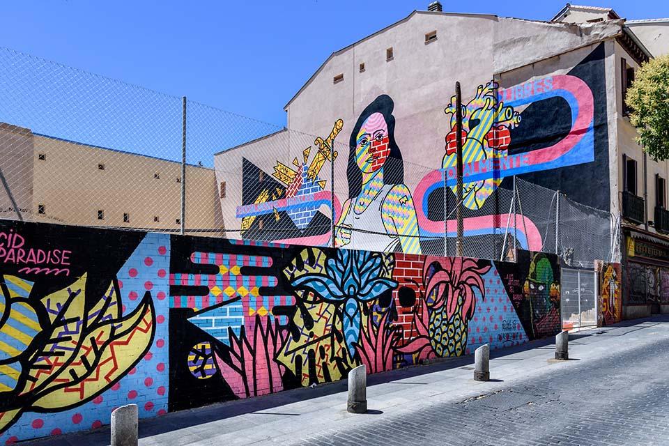 Copyright to Oscar Guerra during the street art tour