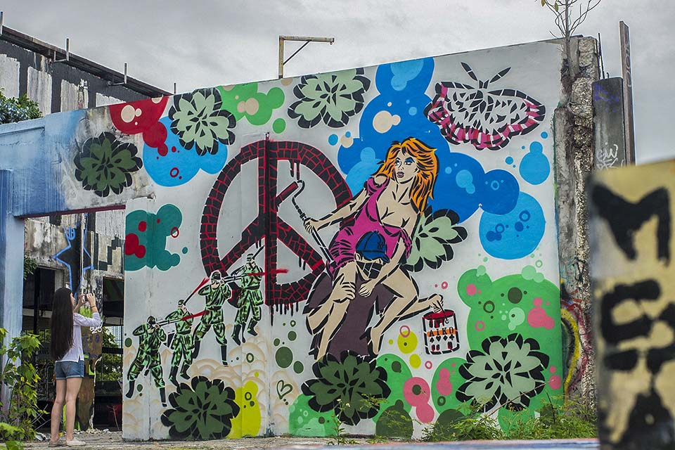 Street art mural by Aiko in Miami