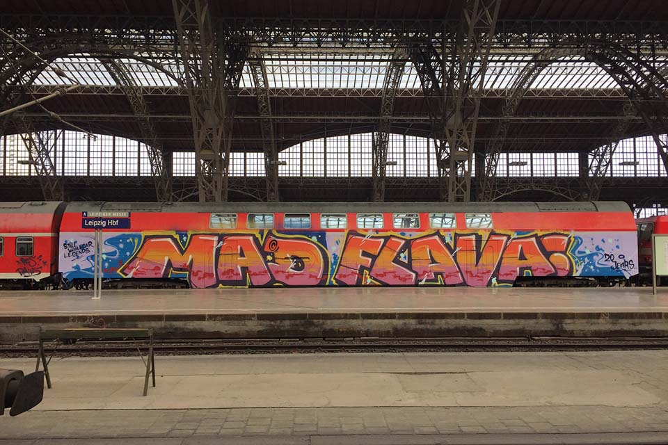 grafiti art on a train wagon