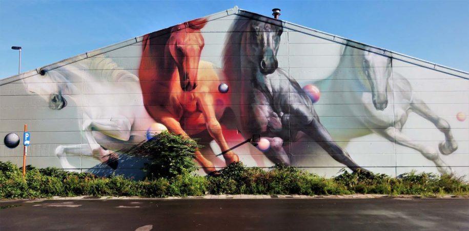 Unique street art defition