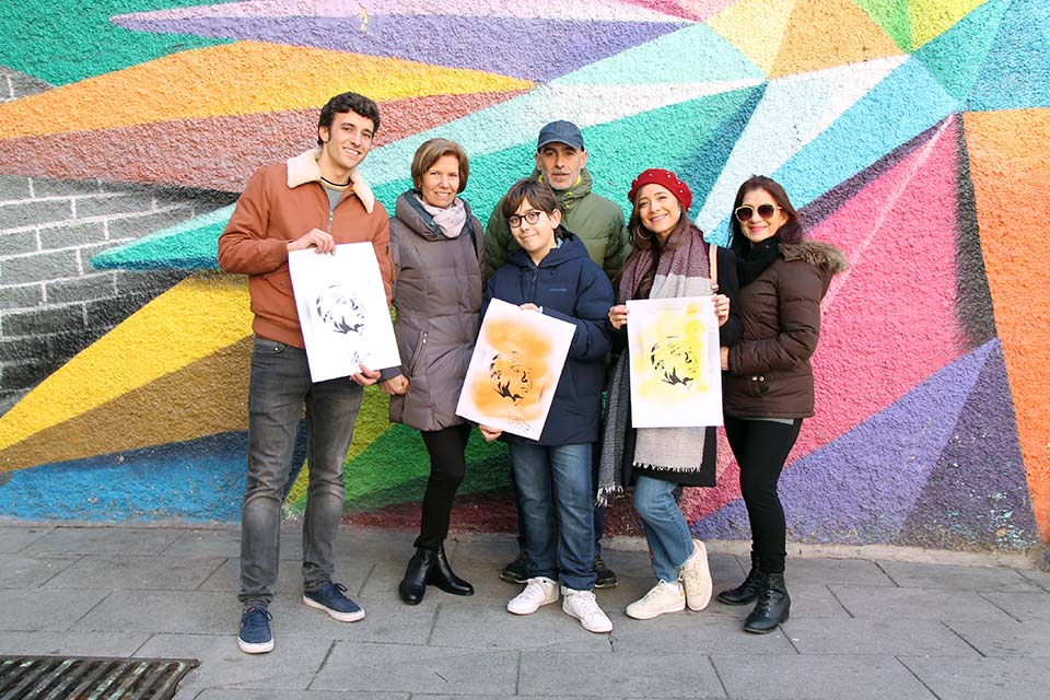 group picture of a family tour in Madrid