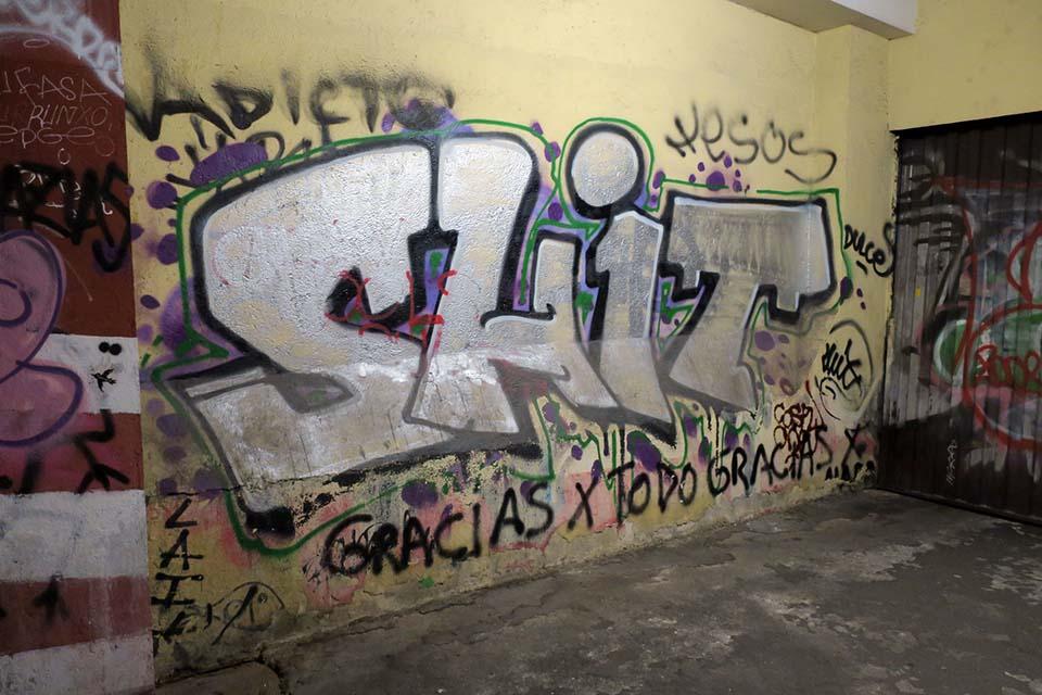 mierda graffiti shit