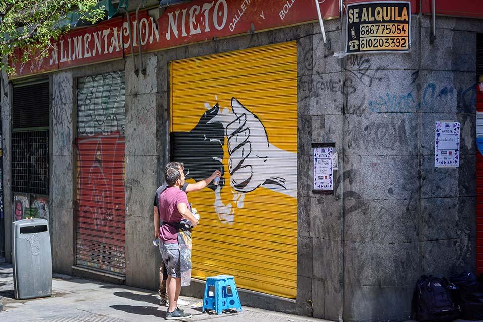 how to do street art in Madrid