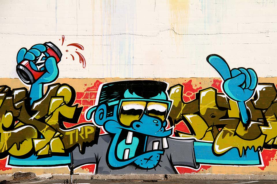 different colors are used to define what is street art